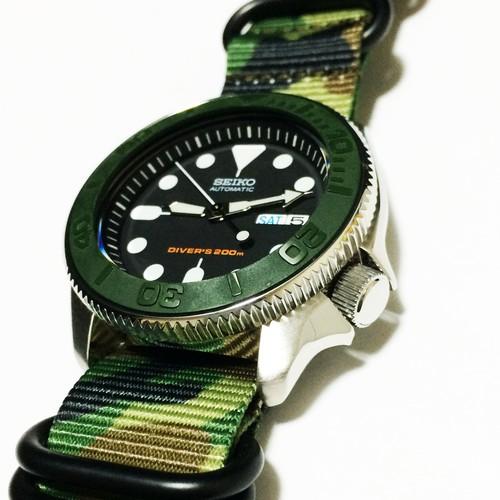 SEIKOダイバーズ ブラックボーイ(SKX007)モデファイモデル 自動巻 200m防水 007