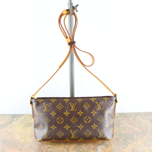 .LOUIS VUITTON M51240 AR0071 MONOGRAM PATTERNED SHOULDER BAG MADE IN FRANCE/ルイヴィトントロターモノグラム柄ショルダーバッグ 2000000048888