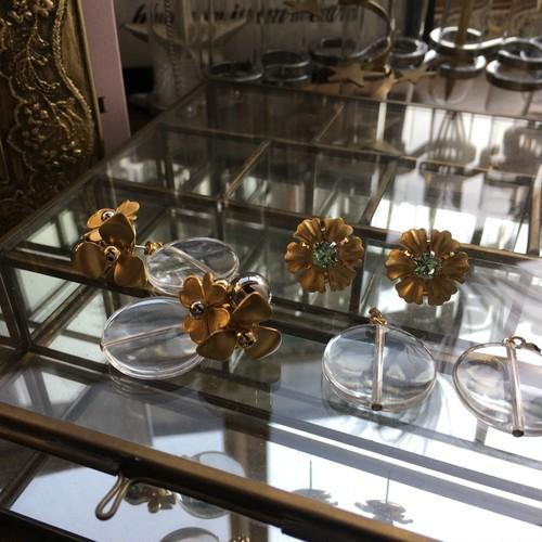 CLEAR/flowers pierce