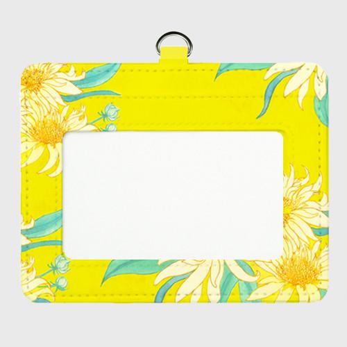 黄色い花のパスケース