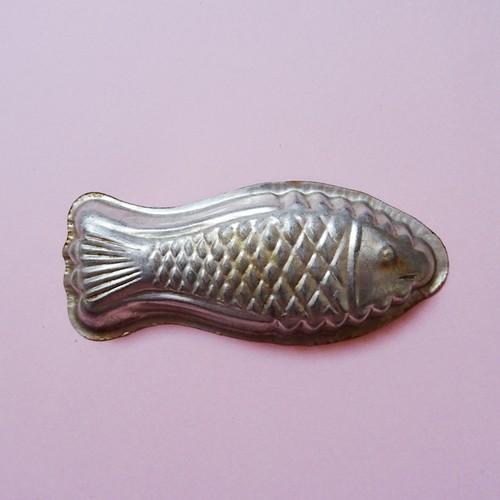 チェコ 古いお菓子の型 / 魚