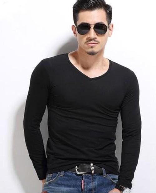 冬のメンズインナーの決定版★!メンズ シンプルロングTシャツ(ブラック)