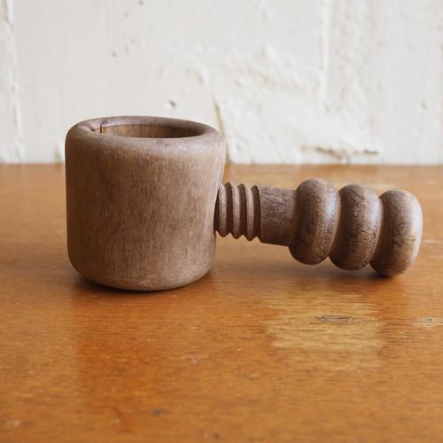 木製のくるみ割り器