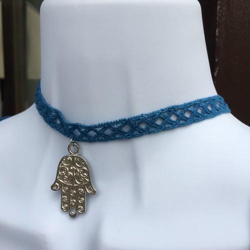 (034)藍染チョーカーネックレス《ファティマの手》