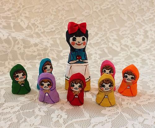 プレゼントに♪おとぎ話のゆび人形・白雪姫と7人の小人