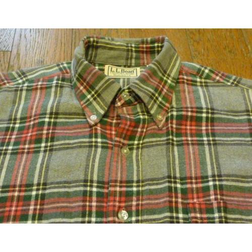 【送料無料】L.L.Bean の古着 チェックネルシャツ (MEDIUM)