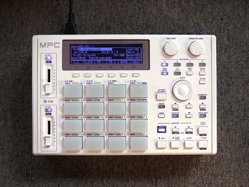 "【受注生産】AKAI MPC1000 ""Flatline"" custom by ghostinmpc"