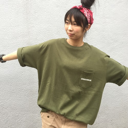 MOUJYUFUFU ポケットTシャツ ワニ