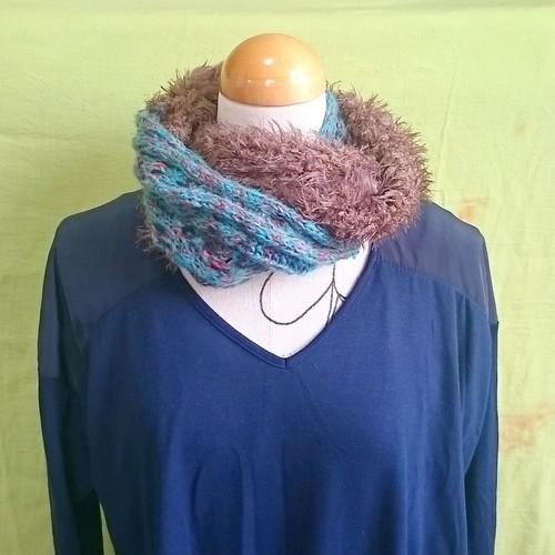 模様編みくるっとマフラー