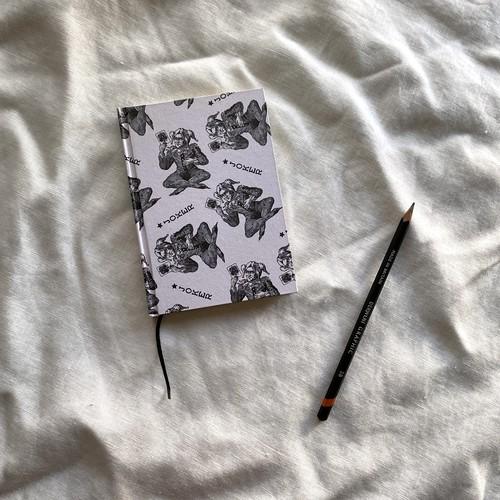 世界のプリントペーパーを使ったノート ジョーカー