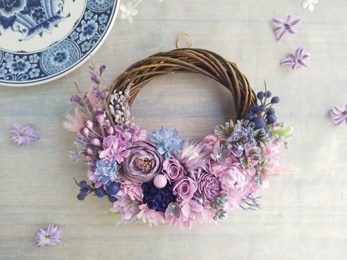 Lune Bonheur<berry>*ハーフムーンリース*プリザーブドフラワー*お花*ギフト*結婚祝い*新築祝い*お誕生日祝い*ウェディング*春の新作