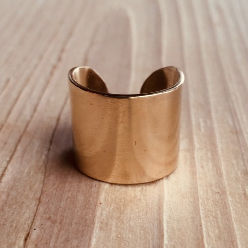 Simple wide ring   brass