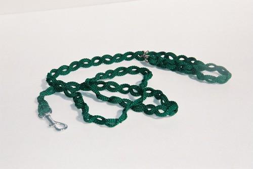 アイロープは穴に通すだけで接続できる万能ロープです 力学的観点で作用する小型ペット用多機能テープリード