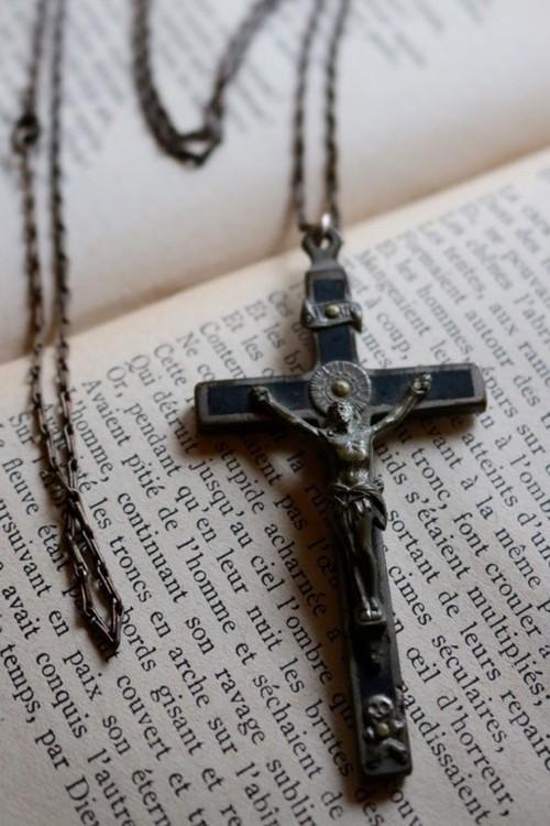 クロス(十字架)ネックレスThe Cross necklace / an-15040