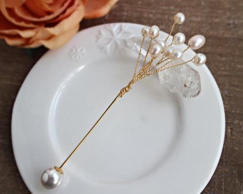 淡水真珠のブーケ風ピンブローチ