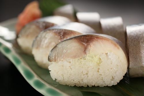 銚子の鯖ずし「 9 貫 入 り 」