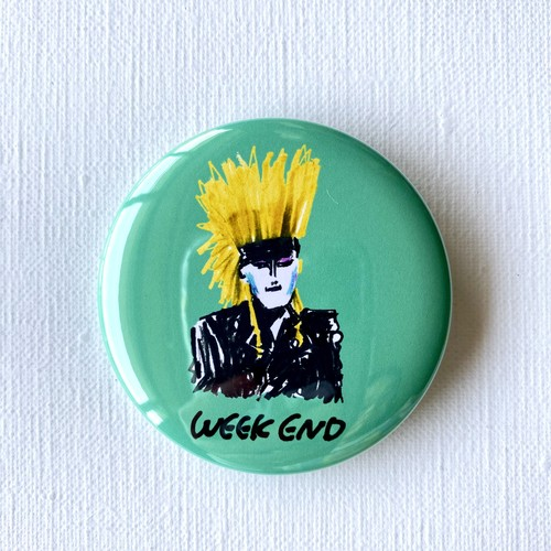 「WEEK END」バッジ