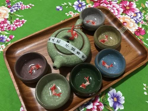 金魚茶器セット カラフル
