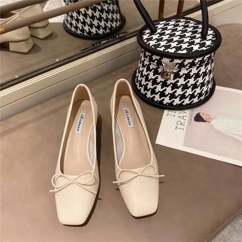 リボンパンプス スクエアカット 柔らかい フレアヒール オフィス かわいい フェミニン 靴 韓国