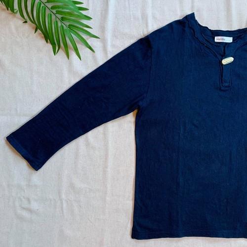 【Japan Blue】【Mens】ヘンプコットン 藍染Tシャツ・長袖・伝統工芸士染め・夜光貝ボタン付き・濃藍