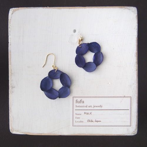 花環(濃紺) 耳飾り