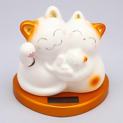 むぎゅっと幸せ招き猫 (ゴールド)