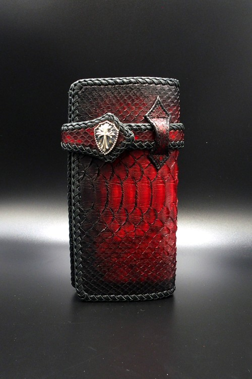 Item No.0290:Draw the wild Wallet/Diamond python Hand dye / L-fin