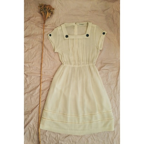 USED LADDER LACE WHITE SUMMER DRESS
