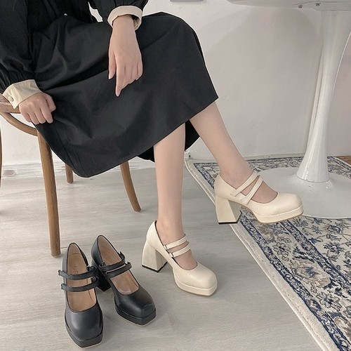 belted chunky heel 2c's