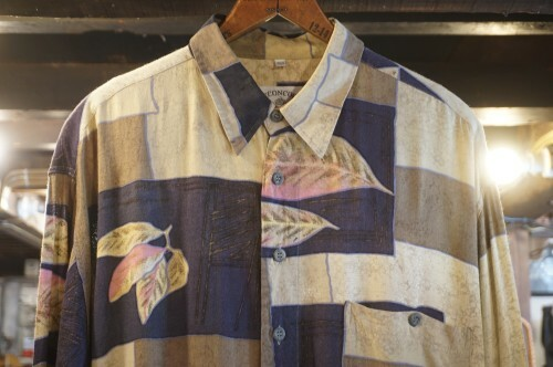 90's C.C.CONCORD leaf-print Shirt