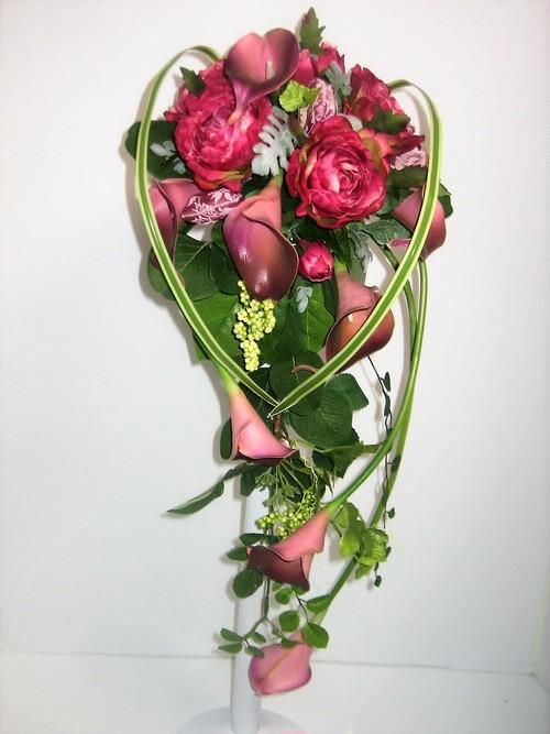 花いずものウェディング キャスケードタイプ(カラーリリー:レッド)