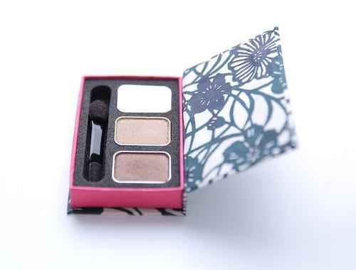 """京都型染アイシャドウ 藍花 Kyoto Paper Box Eye Shadow """"Aika"""""""