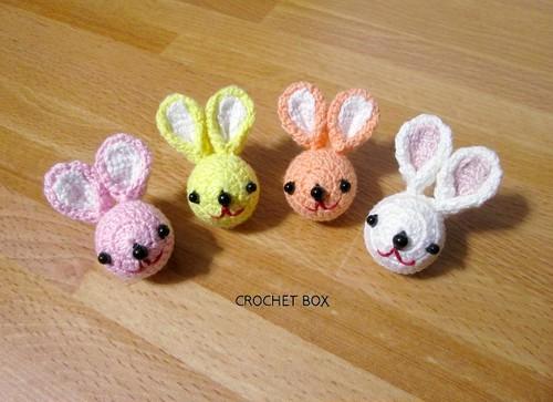 ウサギさんのブローチ