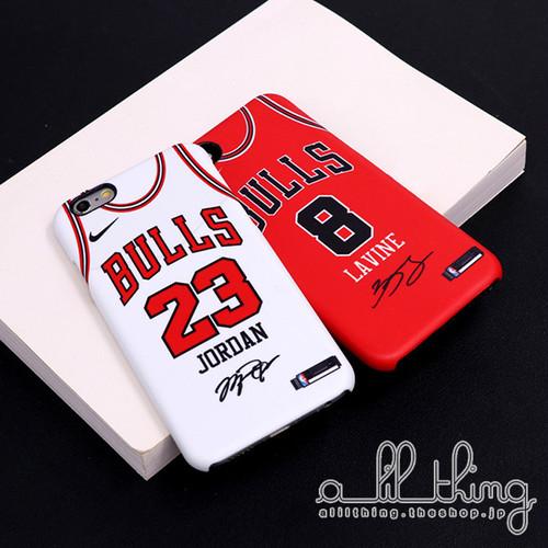 「NBA」シカゴ ブルズ 2017-18シーズン 新ユニフォーム マイケルジョーダン サイン入り iPhoneX iPhone8 ケース