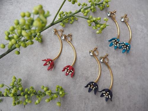 swing color flower pierce/earrings
