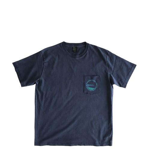 Mountain オリジナル ポケットTシャツ / sign board letters  /  Navy