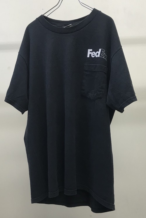 1990s FEDEX POCKET T-SHIRT