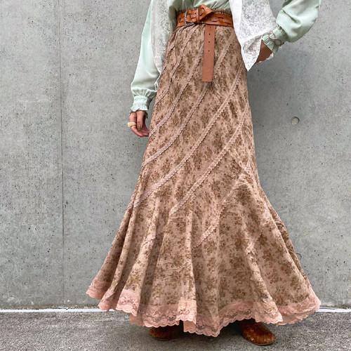 (LOOK) flower × lace asymmetry long skirt