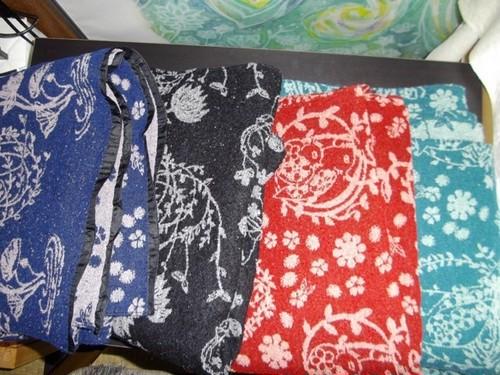 """ふわふわモコモコ・ストール籠芽&369ミロク(ツイン紋様)""""Kagome&369Miroku"""" design. Light warm scarf/blanket woven in Japan"""