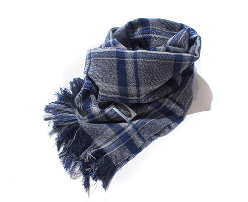WOOL CHECK STOLE ( WHITE × BLUE) / LOST CONTROL