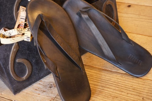 "BARNEYS NEW YORK leather Sandals ""Made in ITALY"""