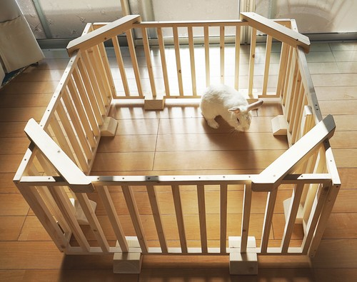 扉付きうさぎの木製サークル 4枚セット