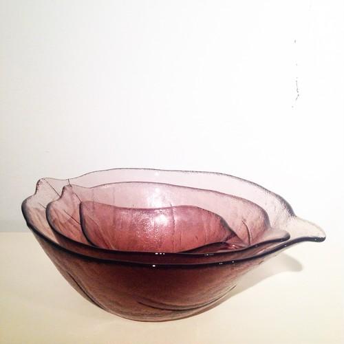 葉っぱの形のガラス鉢 / 大中小の3個セット