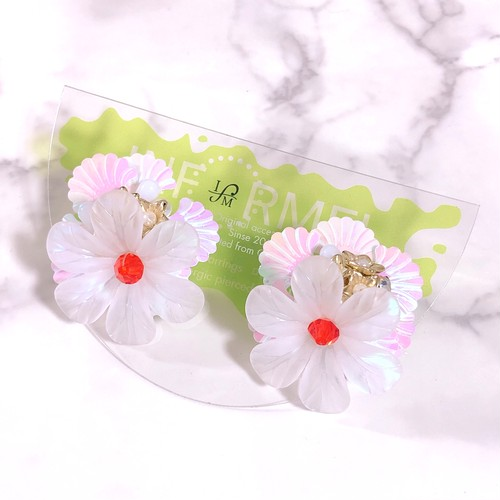 Toy flower 02 wht