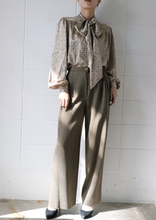 CHANEL wide pants