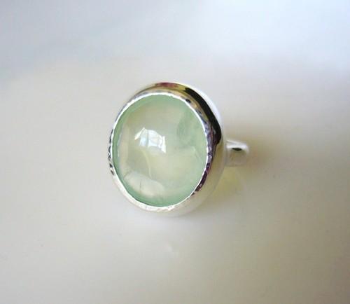 手摺りプレナイトの指輪Ⅲ