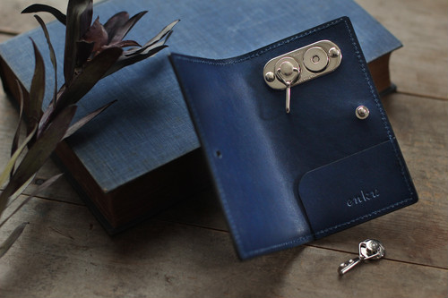 藍染革[migaki] マグネット着脱式キーケース
