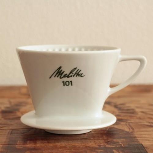 13ヴィンテージ メリタ陶器の3つ穴コーヒードリッパー101
