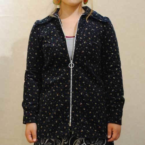 S~Lサイズ【アメリカ製古着】1960年代ヴィンテージ◆黒地に小花◆コーデュロイ素材◆ジャケット