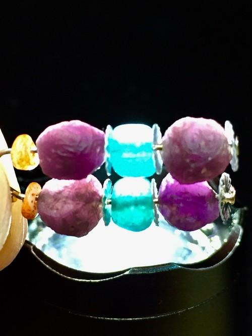 5) 紫ゴビアゲート「卑弥呼」ピアスA